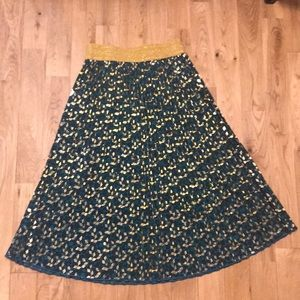 LuLaroe XS Holiday Jill Metallic Skirt